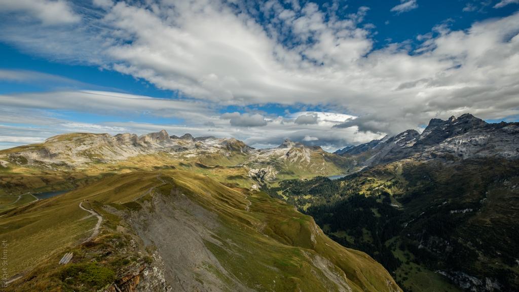 Schweiz - Talblick vom Erzegg